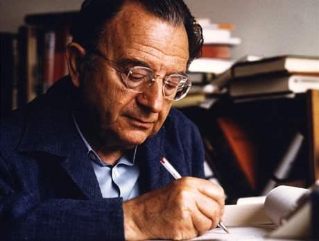 Erich Fromm (1900-1980), německý  a americký psycholog  a humanistický  filosof a sociolog.