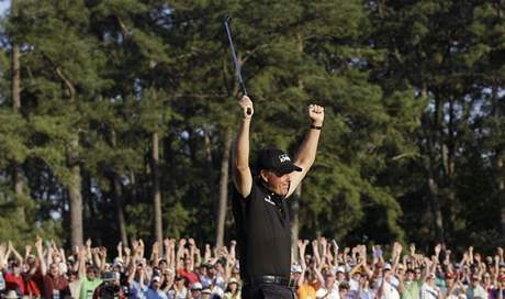 Phil Mickelson vítězí v US Masters 2010.