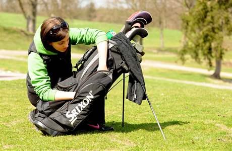 Seriál o golfových pravidlech - hledání provizorního míče.