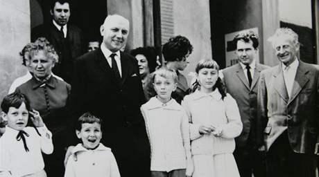 Zemřel kardinál Tomáš Špidlík. Archivní rodinné foto.