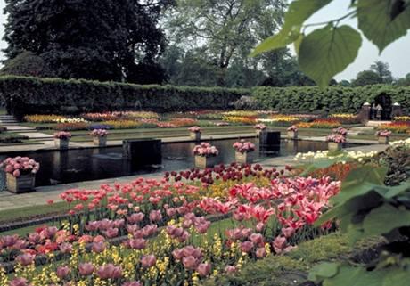 Zahrady ve Velké Británii.