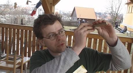 Výroba píšťalky z bezového proutku