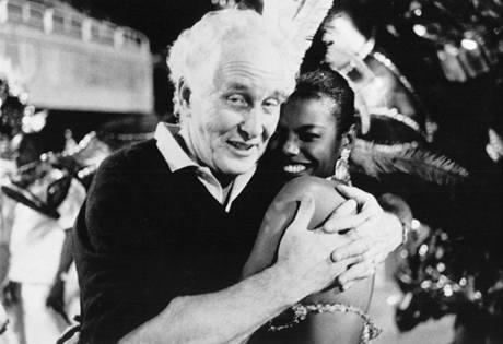 Takhle si Ronnie Biggs užíval karnevalu v Riu v roce 1988