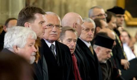 Ceremoniál, při kterém se pražský arcibiskup Dominik Duka oficiálně ujal úřadu