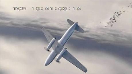 Odtržení částí trupu letounu Convair 340-580