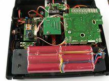 Baterie Li-ion ve vysílači MC-22