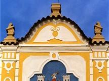 Detail štítu na radnici v Kašperských Horách