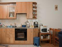 V kuchyni zcela chyběla pracovní plocha