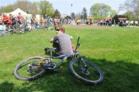 Součástí oslav Dne Země byla v Brně cyklojízda centrem města.