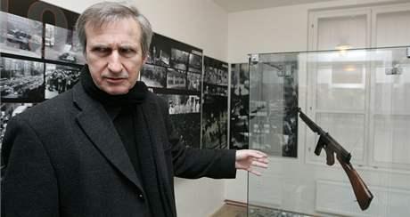 Jan Kratochvil ve svém brněnském Muzeu českého a slovenského exilu 20. století