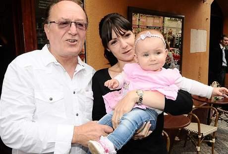 Petr Janda s manželkou Alicí a dcerou Anežkou