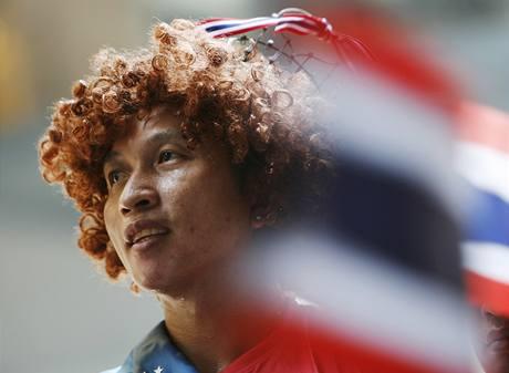 V thajské metropoli se soustřeďují i skupiny, které současnou vládu podporují (22. dubna 2010)