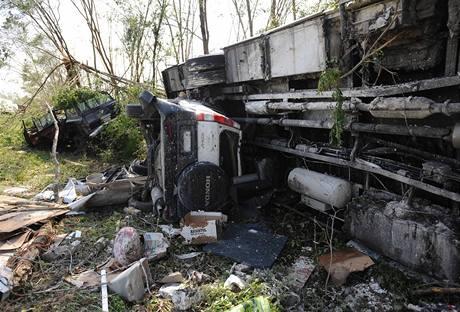 Tornádo zasáhlo město Holmes County na jihu USA. (24. 4. 2010)