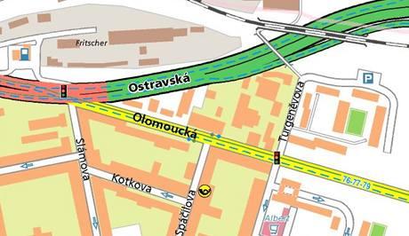 Policisté bourali na křižovatce brněnských ulic Olomoucká a Ostravská. (26. 4. 2010)