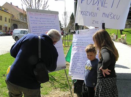 V Mníšku pod Brdy proběhla akce ke Dni Země už 17. dubna 2010.