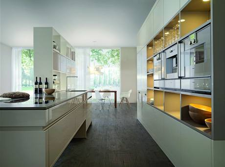 Horizontální linie jsou pro současné kuchyně typické