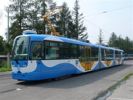 Obousměrná tramvaj Vario LF3/2