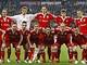 Fotbalisté Bayernu Mnichov pózují před semifinále Ligy mistrů s Lyonem.
