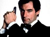 Timothy Dalton jako James Bond