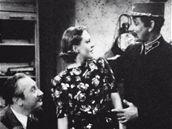 Jaroslav Marvan, Zita Kabátová a Vlasta Burian ve filmu Přednosta stanice (1941)