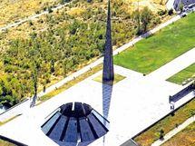 Genocida Arménů - památník v Jerevanu