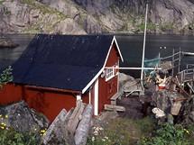 Norsko, Lofoty, rybářská vesnice v Nusfjordu