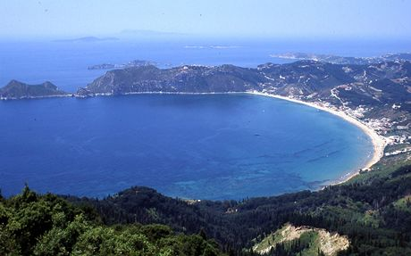 Řecko, Korfu. Záliv Agios Georgios