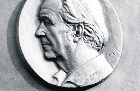 Pamětní deska malíře Rudolfa Gajdoše