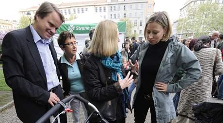 Strana zelených zahájila 2. května v Praze ostrou fázi předvolební kampaně