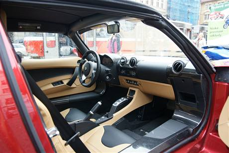 Den elektromobility - Tesla Roadster