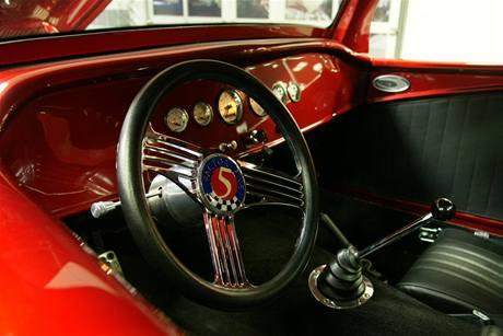 Hot Rod - replika Fordu Coupe 1933