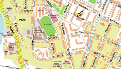 Na křižovatce mladoboleslavských ulic Sadová a Havlíčkova se srazila sanita a felicií. (5. 5. 2010)