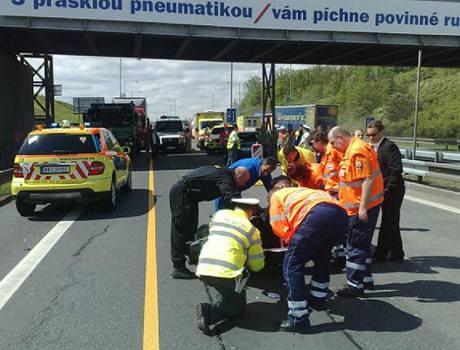 Nehoda na Jižní spojce. Náklaďák se srazil s motorkou. (7. května 2010)
