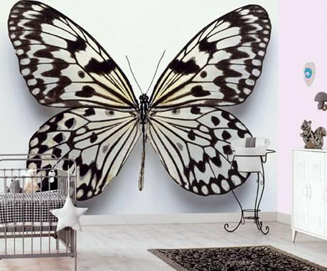 Velký motýl působí hodně výrazně