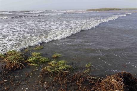 Ropná skvrna dosáhla pobřeží státu Mississippi
