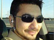 Na snímku ze sociální sítě Orkut.com je muž, kterého sousedi v Connecticutu identifikovali jako Faisala Shahzada