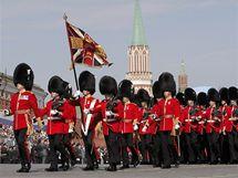 Britská jednotka při oslavách 65. výročí vítězství v II. světové válce v Moskvě (9. května 2010)