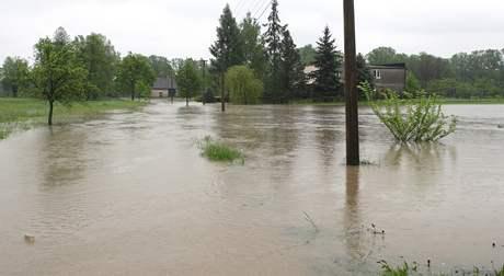 V Petrovicích u Karviné od 16. května odpoledne platí 3. stupeň povodňové aktivity - stav ohrožení.