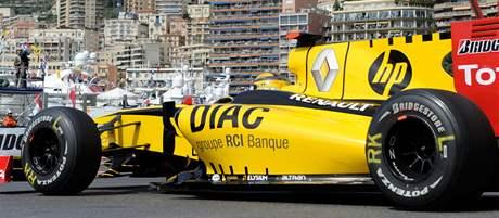 Robert Kubica z Renaultu v kvalifikaci na VC Monaka