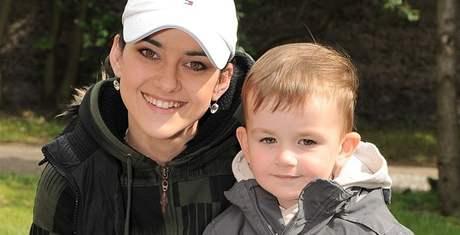 Libuše Vojtková se synem Matyášem