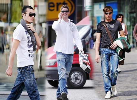 Pouliční móda hodnocená návrhářkou Iškou Fišárkovou