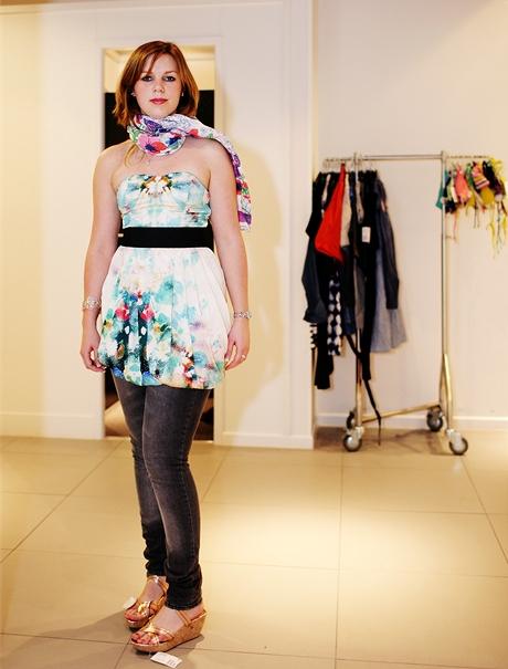 Stylistka Lenka Monice doporučila úzké džíny, kterých se Monika bála. Výsledek však mile překvapil