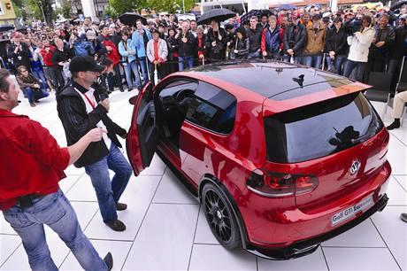 Volkswagen Golf GTI  Excessive Study