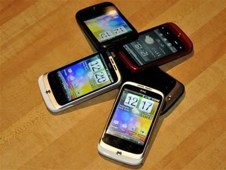 HTC Wildfire: v�echna barevná provedení pohromad�