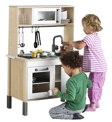 Minikuchyně je pro děti bezpečnější