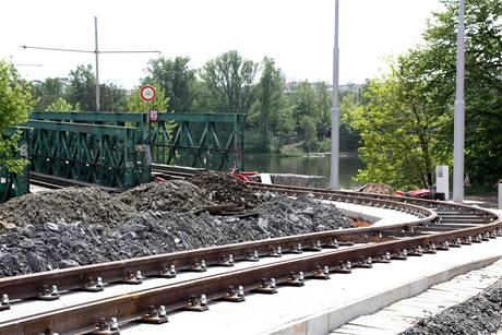 """""""Provizorní"""" tramvajový most Troja"""