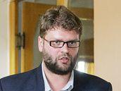 Adam Řebíček u soudu v Teplicích. 10. května 2010
