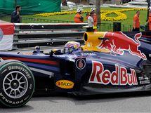 Sebastian Vettel z Red Bullu v kvalifikaci na VC Monaka