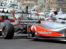 Lewis Hamilton z McLarenu v kvalifikaci na VC Monaka