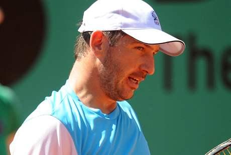 Jan Hájek se s tenisovým Roland Garros rozloučil po porážce s Wawrinkou už v 1. kole.